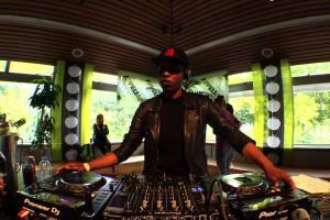 Appelsap Festival x Boiler Room DJ set