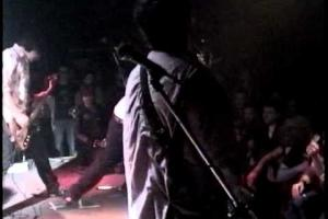 Hammerless Nail & Youngblood (live Toronto 1996)