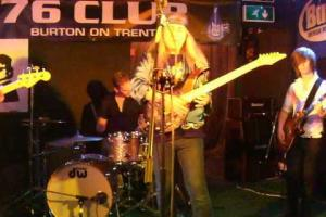 Fly To The Rainbow, 76 Club Burton on Trent August 30th 2012 Whammy / Tremolo Lesson