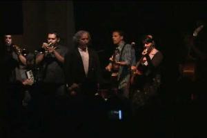 Amparo Sánchez with Salvador Duran and Calexico - Corazón de la realidad (live)