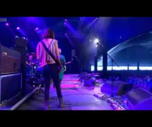 warpaint - Warpaint - Elephants (Reading 2011)