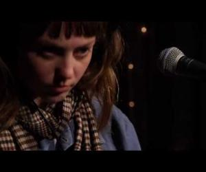 Angel Olsen - Full Performance (Live on KEXP 2014)