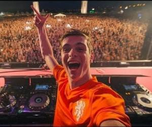 Martin Garrix - (DJ-set) | SLAM!Koningsdag 2014 (Completo)