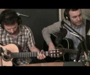 La habitación Roja - Febrero (live at Radio Gladys Palmera 2010)