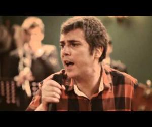 Iván Ferreiro -Turnedo (feat. Xoel Lopez / Confesiones-directo)