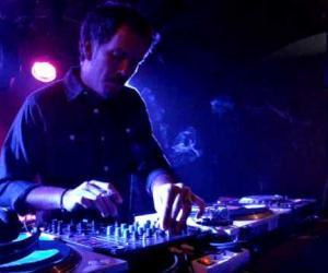 DJ MARCOS BORICUA en Terraza NASDAQ, Plaza de La Música en Las Palmas de Gran Canaria.