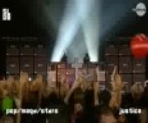 Justice - D.A.N.C.E / Phantom Part 1.5 (Live at Rock Werchter 2008)
