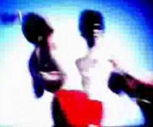Sidonie - Feelin' Down' 01