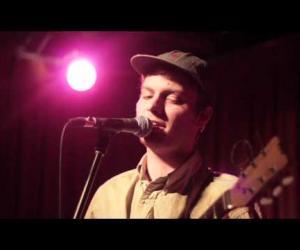 Mac DeMarco - Rolling Like a Dummy