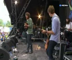 Fleet Foxes - White Winter Hymnal Live at Glastonbury 2009