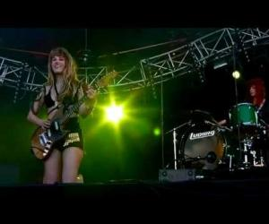 Deap Vally - I Put A Spell On You - Rock En Seine 2012