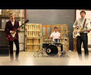 The Spitfires - Tell Me