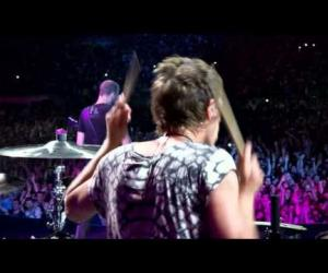 Muse - Plug In Baby