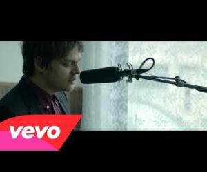 Jamie Cullum - Edge Of Something