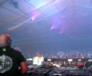 Carl Cox - Latin Theme (Steve Mulder & Roel Salemink Remix) at Ultra, WMC Miami