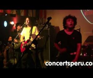 Tributo a AC/DC - High Voltage (directo, 25.02.2011)