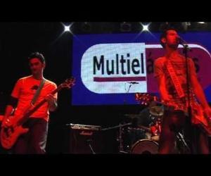 Multielásticos - Directo Sala Heineken 2011 (2 de 5)