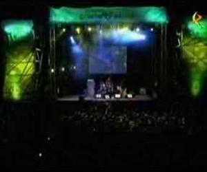 Triángulo De Amor Bizarro - El Fantasma De La Transición