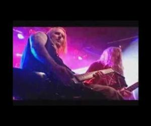 In Flames - Used and Abused (Directo completo)