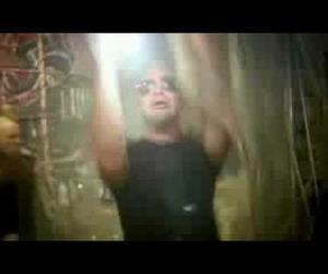 Five Finger Death Punch - Never Enough (Videoclip)