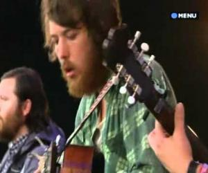 Fleet Foxes - English House Live at Glastonbury 2009