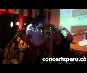 Tributo a AC/DC - It's A Long Way To The Top (directo, 25.02.2011)