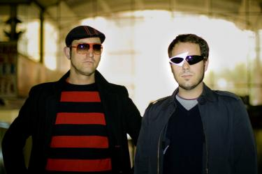 2Pias DJs